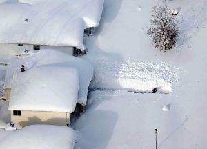 уборка много снега